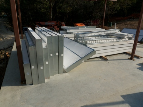 Steel structural insulated panels arrived lakeway usonian for Structural insulated panels texas